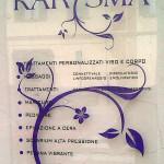 Targa in plexiglas con adesivi e decori e distanziali - Estetica Karisma - Venturina (LI)