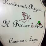Insegna ferro battuto con adesivi pre spaziati - Boccondivino - Piombino (LI)